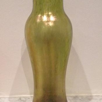 Loetz cisele vase - Art Glass