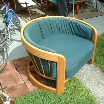 oak tub chair- american - Furniture