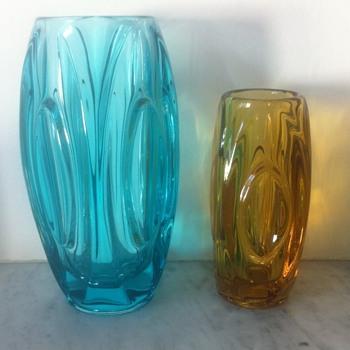 2 Rosice Rudolf Schroetter Lens or Bullet vases no. 914 - Art Glass