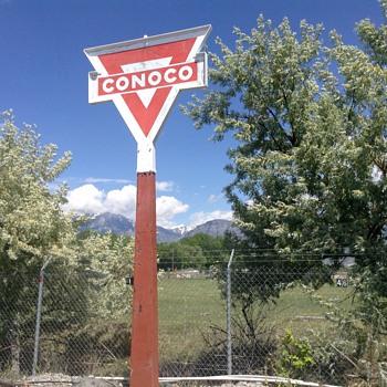 Another big Conoco - Petroliana