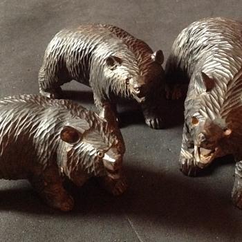 A family of Japanese Ainu bears
