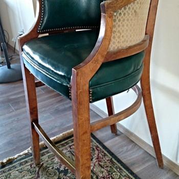Antique Billiard Spectator Chair?