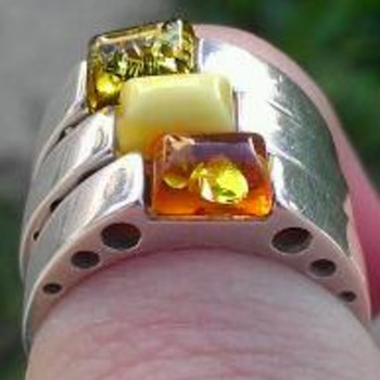 Amber modernist rings - Fine Jewelry