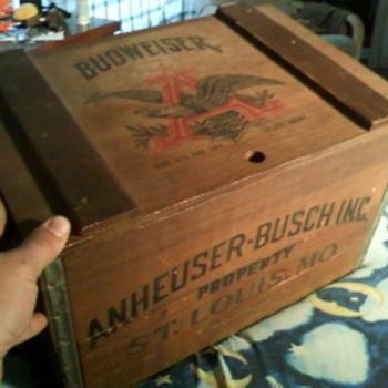 anheuser-busch wooden beer crate - Breweriana
