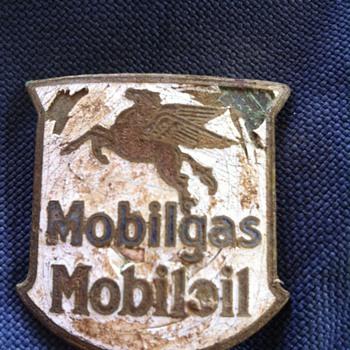 Mobilgas Mobiloil Piece  - Petroliana
