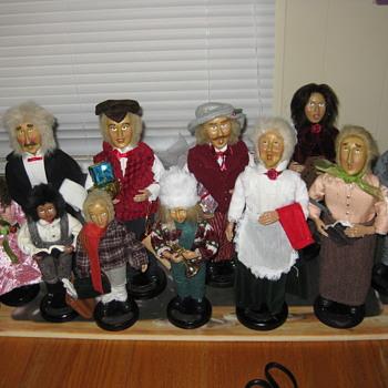 unknow dolls