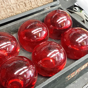 RED COMET FIRE GRENADES [SET OF 6 AND BOX] - Firefighting
