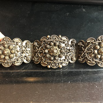 Puzzled by this antique gilded bracelet  - Fine Jewelry