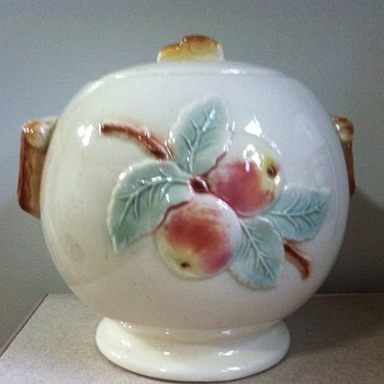 Robinson Ransbottom Cookie Jar - Pottery