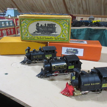Cast metal HO Trains from the 1960's.  - Model Trains