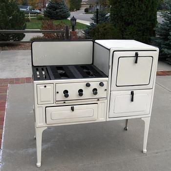 1933 antique Coleman stove - Kitchen
