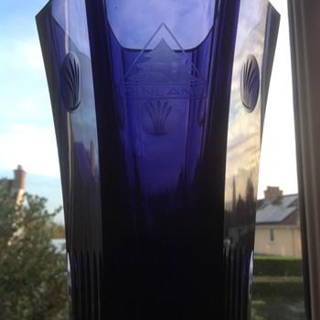 Scandinavian glass vase. No makers mark,  - Art Glass