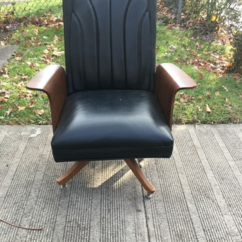 Mid century chair - Furniture