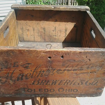 Huebner Beweries Drawer/Crate - Breweriana