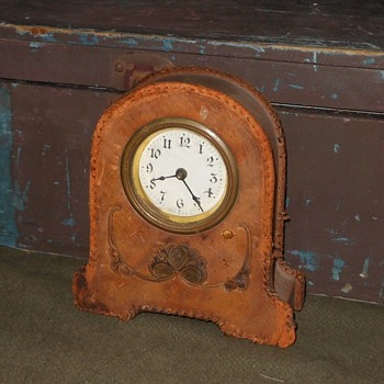 Leather Covered Desk?Dresser Clock - Clocks