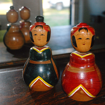Found me a couple more Kokeshi dolls - Dolls