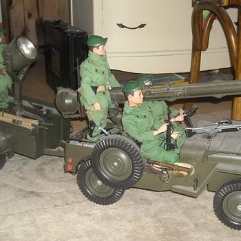 GI Joe Official Jeep Combat Set - Toys