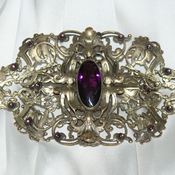 Very Large Late Victorian or Edwardian Sash Pin - Costume Jewelry