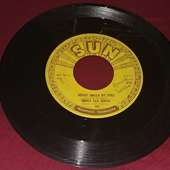 Jerry Lee Lewis. Sun Records 45 RPM. - Records