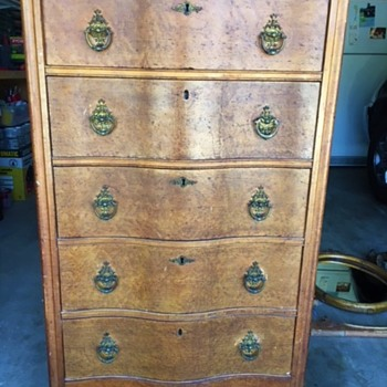 Antique And Vintage Dressers Collectors Weekly
