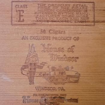 House of Windsor Cigar Box - Tobacciana