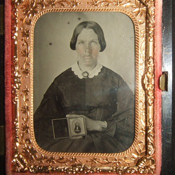 Mourning mother ambrotype