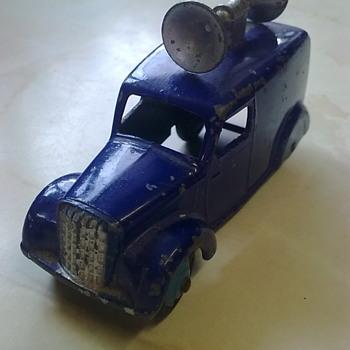 Dinky loudspeaker van. - Model Cars
