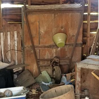 Vintage wheelbarrow need infoplease  - Tools and Hardware