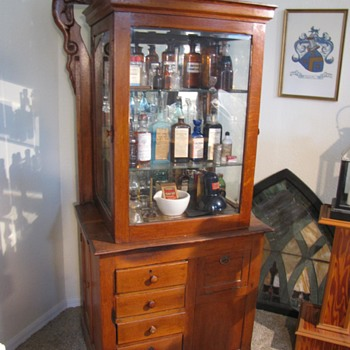Doctors Cabinet - Furniture