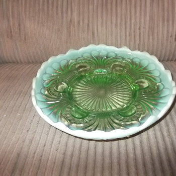 Green Opalescent Jefferson Glass Tokyo Pattern footed Bowl - Glassware