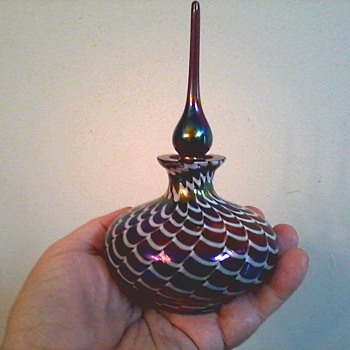 Iridescent Pulled Feather Perfume Bottle /Silvestri Glass-Taiwan /Circa 20th Century - Bottles