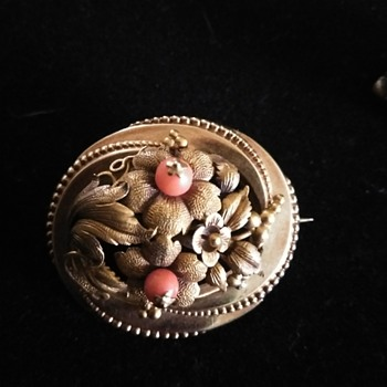 Vintage gold brooch and earrings - Fine Jewelry