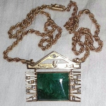 Unique Antique 83ct emerald and diamonds set in a 18k gold pendant brooch - Fine Jewelry