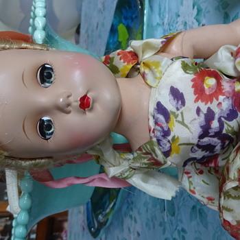 Vintage hard plastic doll w/ parasol - Dolls