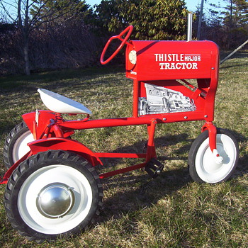 1954 Thistle pedal tractor  - Model Cars