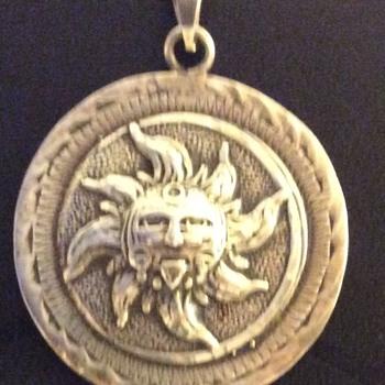 Medallions unusual