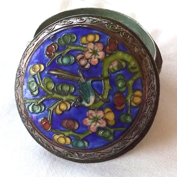 Chinese Cloisonne, a before and after view of the ageing process, remedied. - Asian