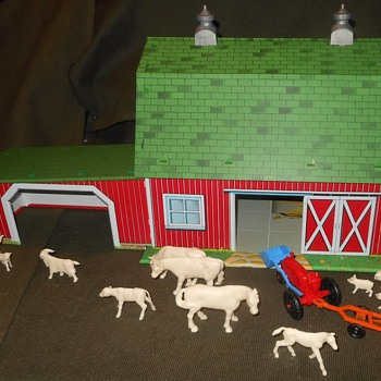Marx Modern Farm Playset I Built the Barn - Toys