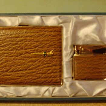 cigarette case and lighter - Tobacciana