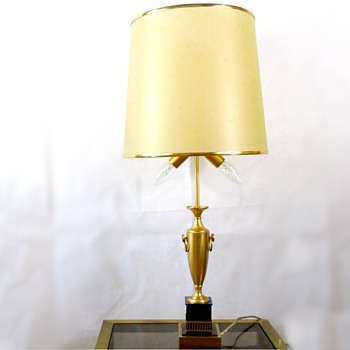 brass amphora (?) table lamp - Lamps