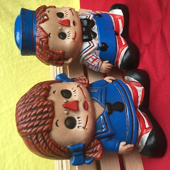 Raggedy Ann and Andy?? - Figurines