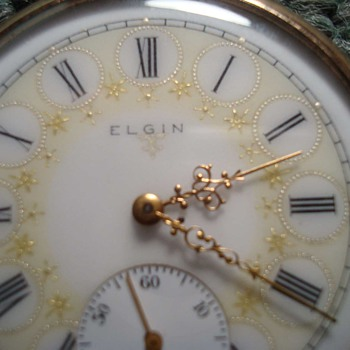 Beautiful Fancy Face Elgin - Pocket Watches