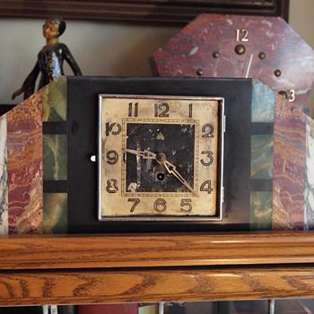 Four color marble REX Clock
