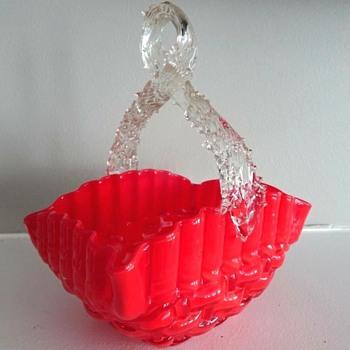 Another Kralik Tango Red Weave Decor Glass Basket In AD Monograph, Exact Replica. - Art Glass