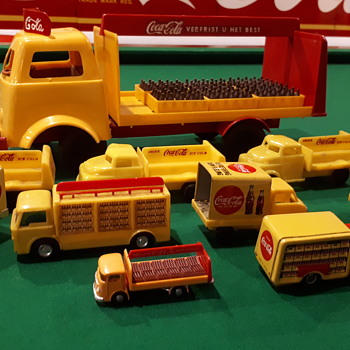 Plastic coca cola toy trucks - Coca-Cola