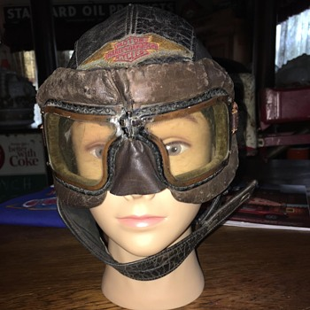 Harley Davidson  ladies leather skull cap and goggles - Motorcycles