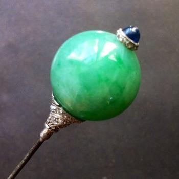 Precious jadeite hat pin. - Fine Jewelry