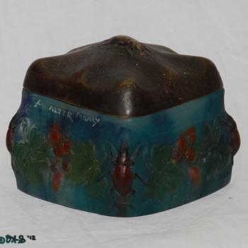 A. Walter Pate de Verre Cvd Box Bronze Lid