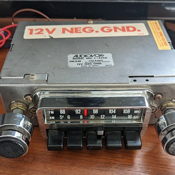 Audiovox radio  - Radios