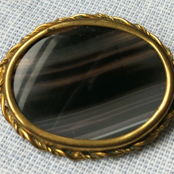 Victorian banded agate brooch  - Fine Jewelry